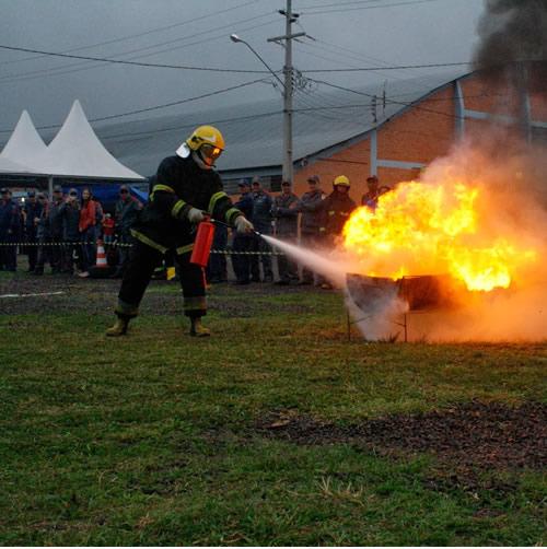 Curso Básico em Combate a Incêndio